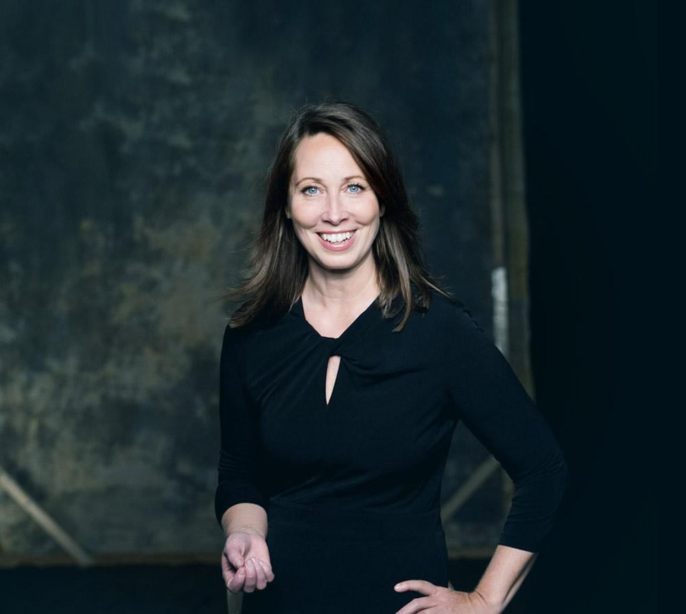 Christine Hebeiss arbeitet mit der Heldenreise als Mastertool bei der HeroShipAcademy am Ammersee bei München, Bayern