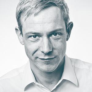 Dr. Gunnar Garbe ist Führungs-Trainer, Business-Coach und Heldenreise-Leiter