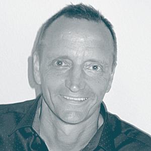 Hannes Hubmann ist Coach, Gestalttherapeut und Heldenreise-Leiter