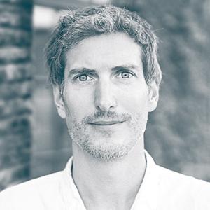 Markus Maurer ist Systemischer Gestalt-Coach, Gestalttherapeut, Heldenreise-Leiter